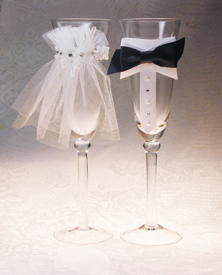 Wedding-Gift-Glasses-3rd-Year